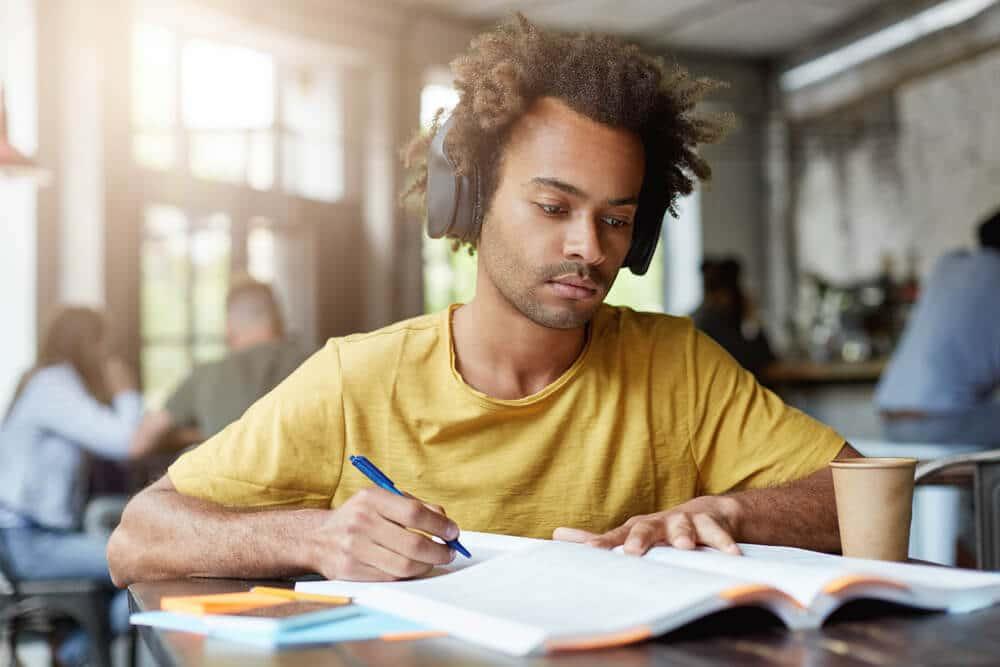 7 Dicas de Playlists de Músicas Para Estudar e Aumentar a Concentração!