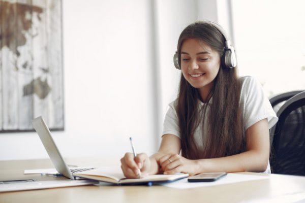 Mudança de Etapa — Como Selecionar a Escola de Ensino Médio Para Seu Filho?